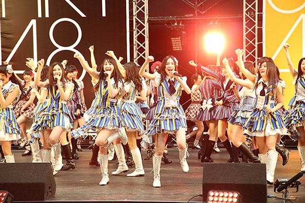 3rdシングル「桜、みんなで食べた」発売記念合同握手会@ナゴヤドーム