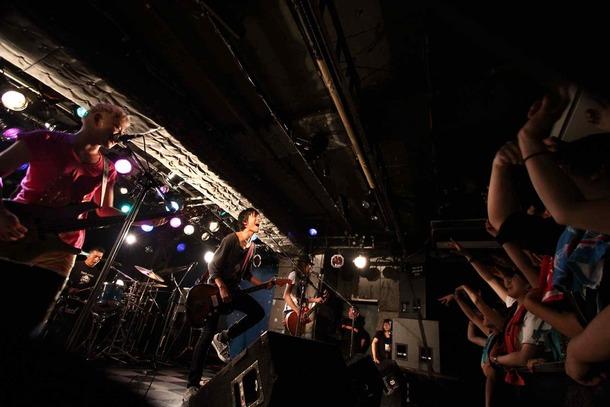 3月14日@「愛媛だョ!全員集合!」(新宿LOFT)  photo by オオタ シンイチロウ