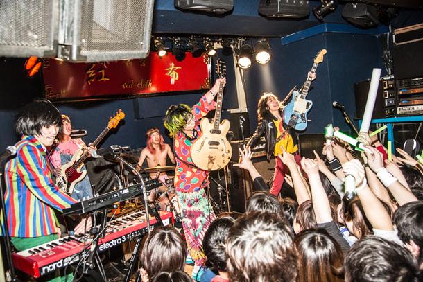 2月11日@新宿Red Cloth photo by 新保勇樹