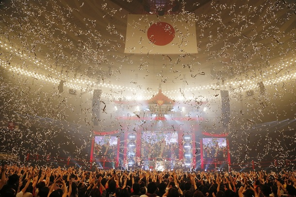 『T.M.R.NEW YEAR PARTY'14 LIVE REVOLUTION』