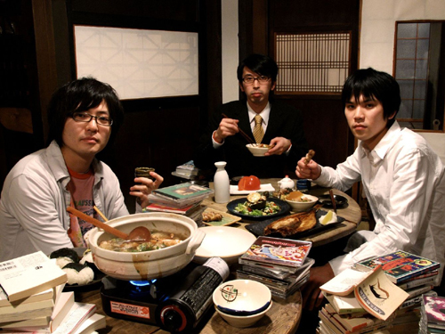 ミニ・アルバム「シュリスペイロフ」をリリースしたシュリスペイロフ Listen Japan