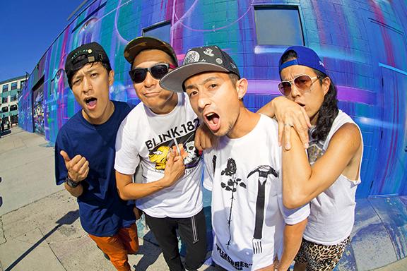 L→R Bunta(Dr&Cho)、Shun(Vo&Ba)、Jose(Vo&Left-Gu)、Kuboty(Gu&Cho)