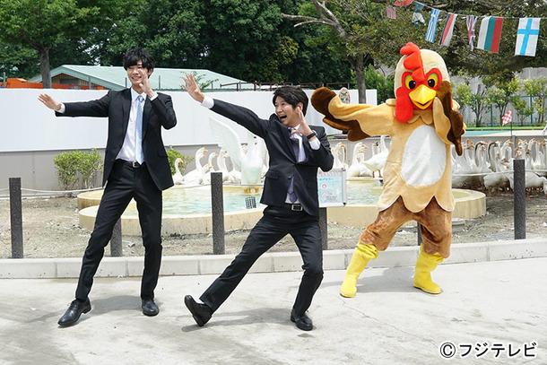 「いきものダンス」を踊る清原翔と長谷川朝晴