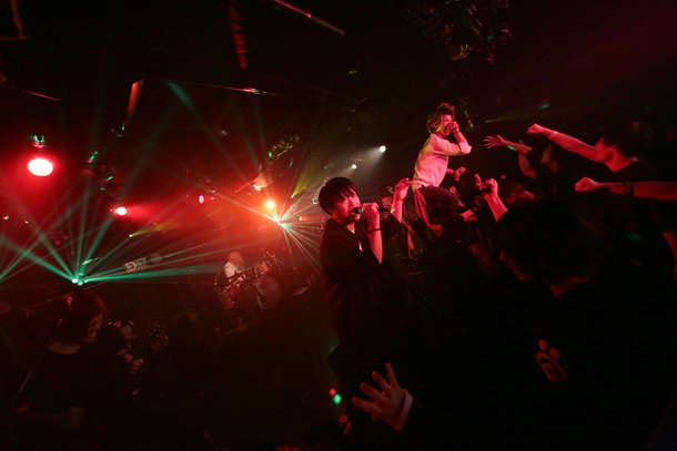 【A Barking Dog Never Bites  ライヴレポート】 『LIBOWTY release party  ONEMAN SHOW』 2017年11月4日 at 池袋Black Hole