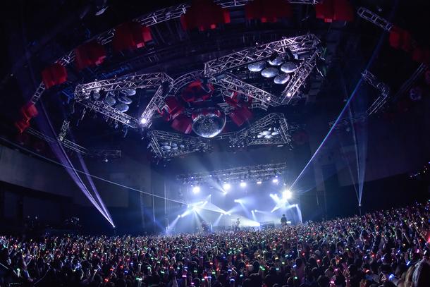 11月9日@東京・新木場STUDIO COAST