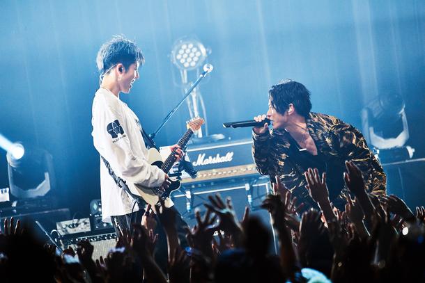 12月7日@東京Zepp DiverCity「Gemstone / MIYAVI vs SKY-HI」Photo by Yusuke Okada