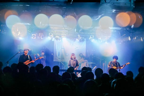 【JYOCHO ライヴレポート】 『JYOCHO「碧い家で僕ら暮らす」 Release tour』 2017年12月3日 at TSUTAYA O-Crest