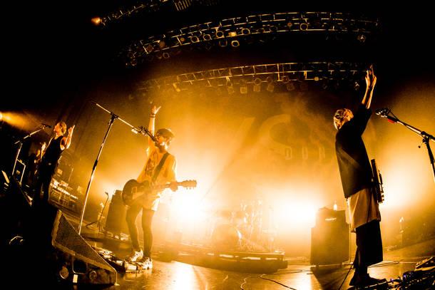 【BLUE ENCOUNT ライヴレポート】 『BLUE ENCOUNT TOUR2017-2018  ~VS~ リクエストワンマン』 2018年1月17日 at  新木場STUDIO COAST