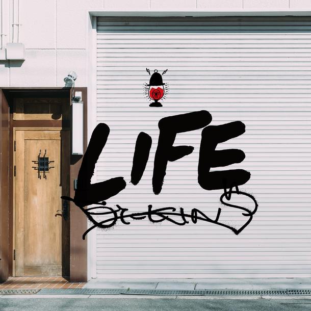 アルバム『LIFE』【初回限定盤】