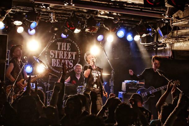 THE STREET BEATS ライブ写真 Photo by 菊池茂夫