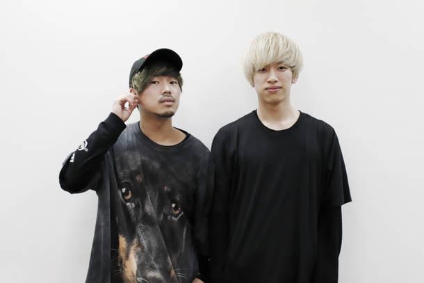 内田直孝(Vo&Gu)、岸 明平(Gu)