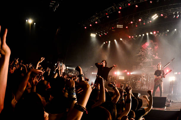 【THE BACK HORN ライヴレポート】