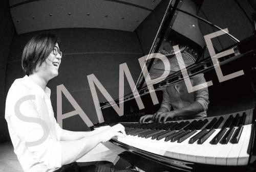 アルバム『悲愴/月光/熱情~リサイタル・ピース第2集』購入者特典 タワーレコード:タワーレコードオリジナルポストカード