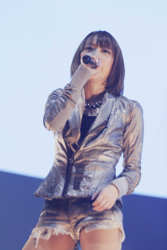 """COUNTDOWN JAPAN 15/16""ASTRO ARENAステージに出演した藍井エイル"