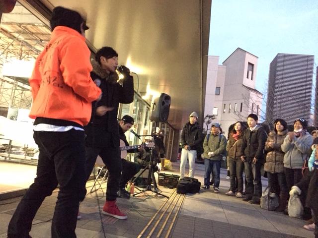 1月22日@大阪・西成区役所前広場