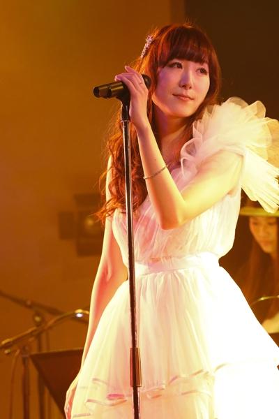 メジャーデビュー5周年を記念したアニバーサリーライブを開催したChouCho (photo:草刈雅之)