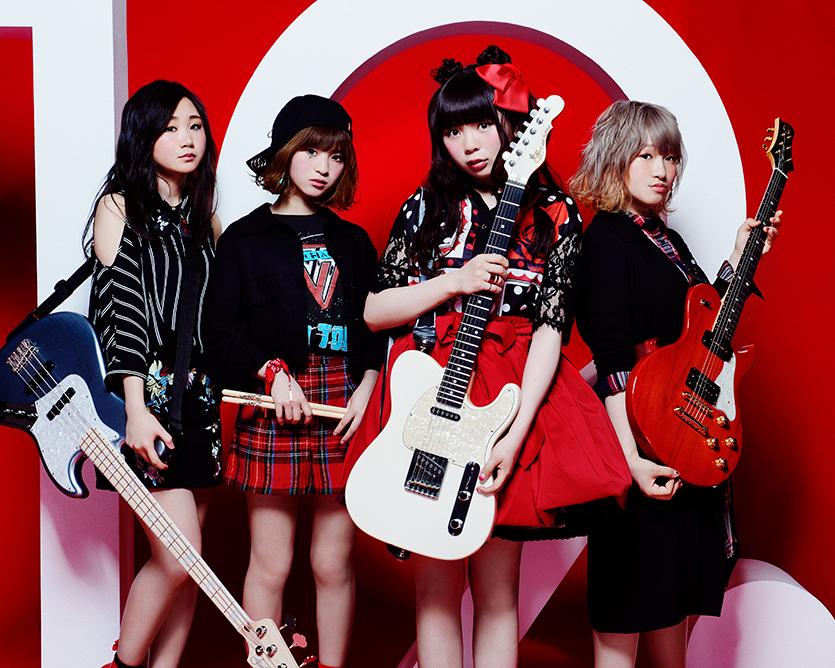 L→R Fumiha(Ba&Cho)、Aika(Dr&Cho)、Ryoko(Vo&Gu)、Yurika(Gu&Cho)