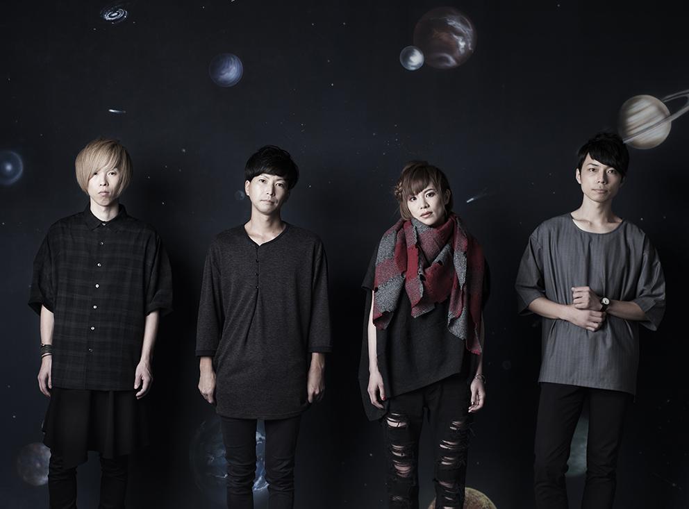 L→R ササキジュン(Gu)、青山友樹(Dr)、きみコ(Vo&Gu)、アベノブユキ(Ba)