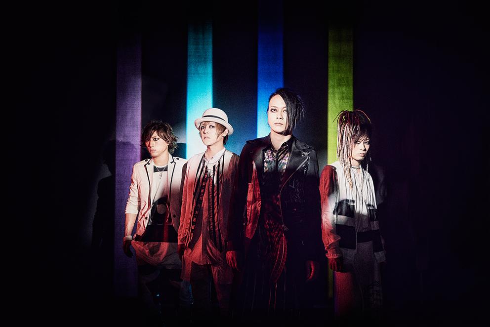 L→R  SATOち(Dr)、YUKKE(Ba)、逹瑯(Vo)、ミヤ(Gu)