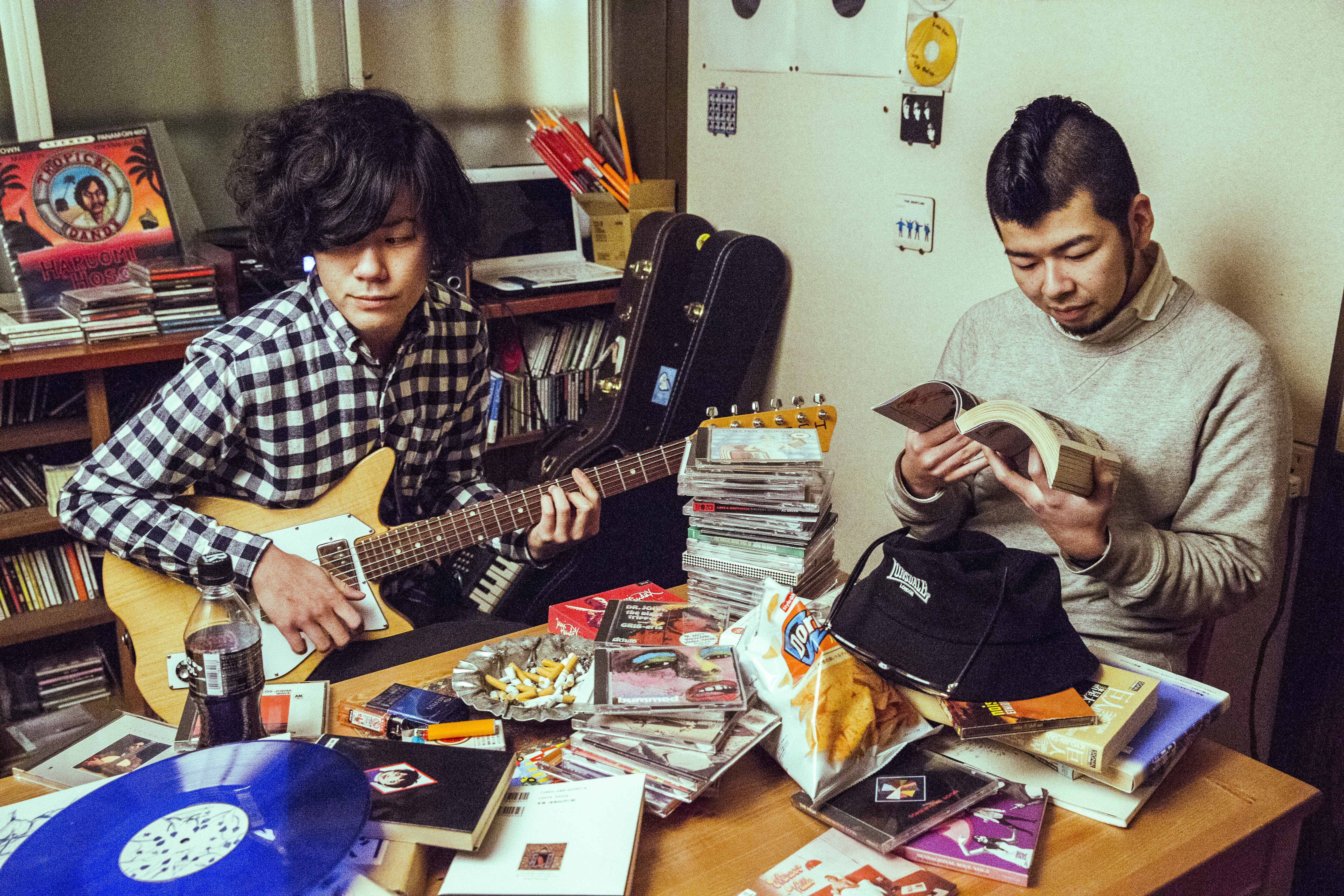 L→R マッシュ(Vo&Gu)、川元直樹(Dr&Cho)