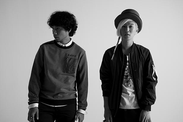 L→R 吉田結威(Gu&Vo)、山田義孝(Vo)