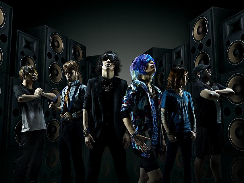 L→R Kei(Ba)、Taiki(Gu)、Minami(Vo&Key)、So(Vo)、Sxun(Gu)、Tomonori(Dr)