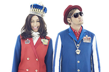 L→R 片桐舞子(Vo) 、河井純一a.k.a NAUGHTY BO-Z (Produce&Composer)