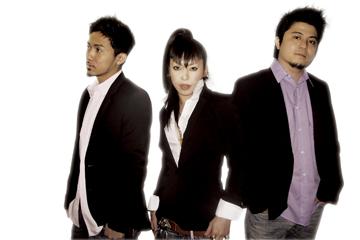 L→R KEN、AI、YUKINARI