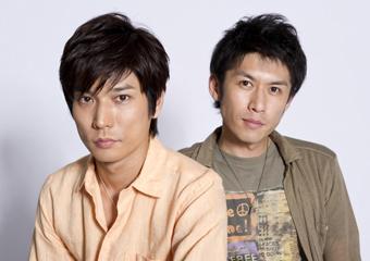 L→R 蓮本俊介(Cho&Key)、西畑春之介(Vo&Gu)