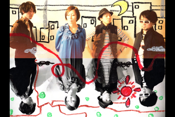 L→R 魚野昌平(Ba&Cho)、杉山玲奈(Vo&Gu)、尾藤隆宏(Dr&Cho)、竹内 誠(Gu&Cho)