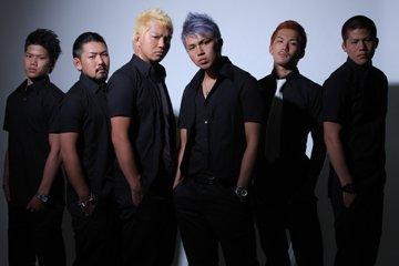L→R SHUNPI、MORRY、TAKAMICHI、Ma-chin、Ryo、YU-KI