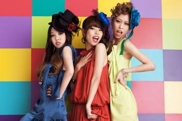 L→R mayu、yu-mi、shior