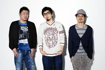 L→R Taro Houjou(Ba&Cho)、Yutaka Furukawa(Vo&Gu&Pro&ROCK STAR)、Hayato(Dr&Per&Cho)