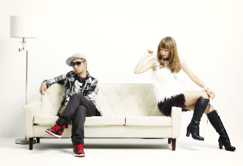 L→R 河井純一a.k.a NAUGHTY BO-Z(Produce&Composer)、片桐舞子(Vo)