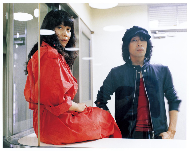 L→R KUMI(Vo&Gu)、NAOKI(Gu&Ba)