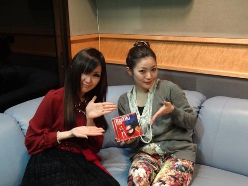 「RanTiKi」TVスポットのナレーションを務めたキタエリ(左)と、雪乃