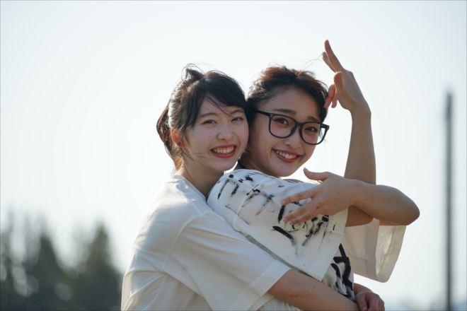 双子ダンスを生み出した19歳の二人組ユニット『まこみな』が「もし、彼女が福島弁だったら」をTwitterに投稿し話題
