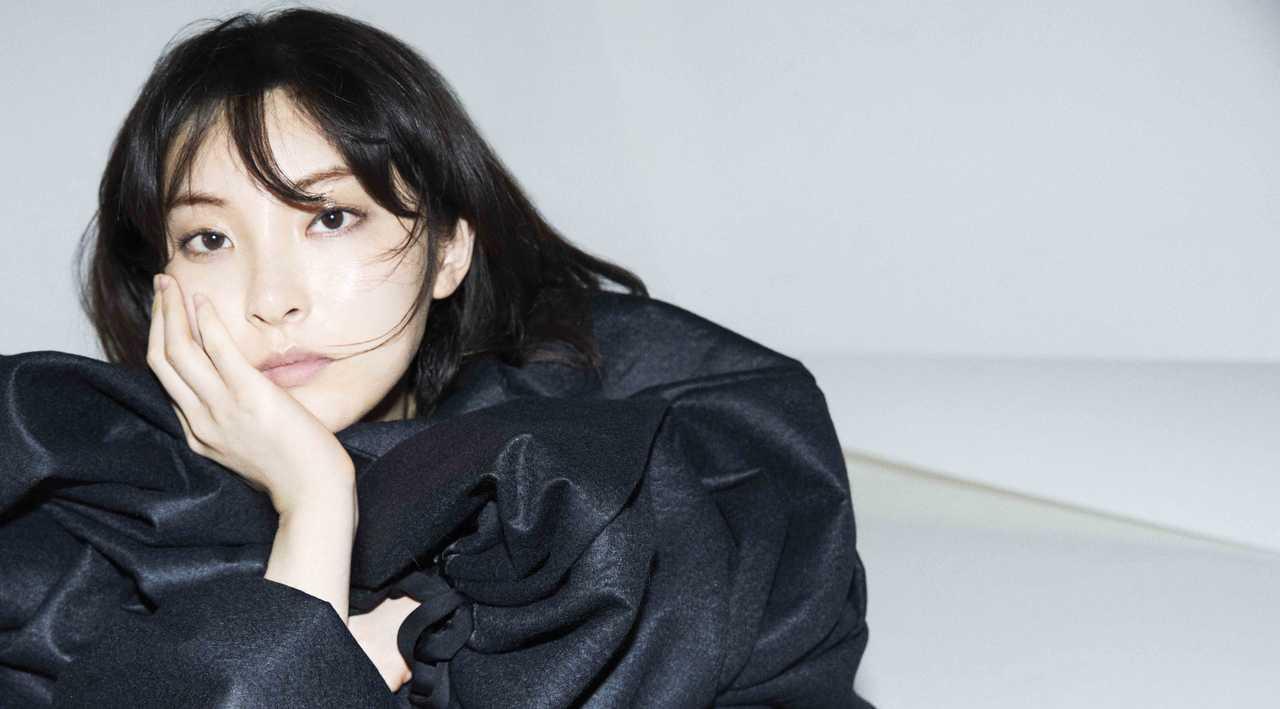 家入レオ 2月21日リリースのニュー・アルバム「TIME」ジャケット写真&収録内容発表!