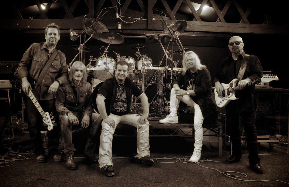 ブリティッシュ・ハードロック伝説のバンド、MAGNUM(マグナム)がニュー・アルバム「Lost on the Road to Eternity」をリリース!