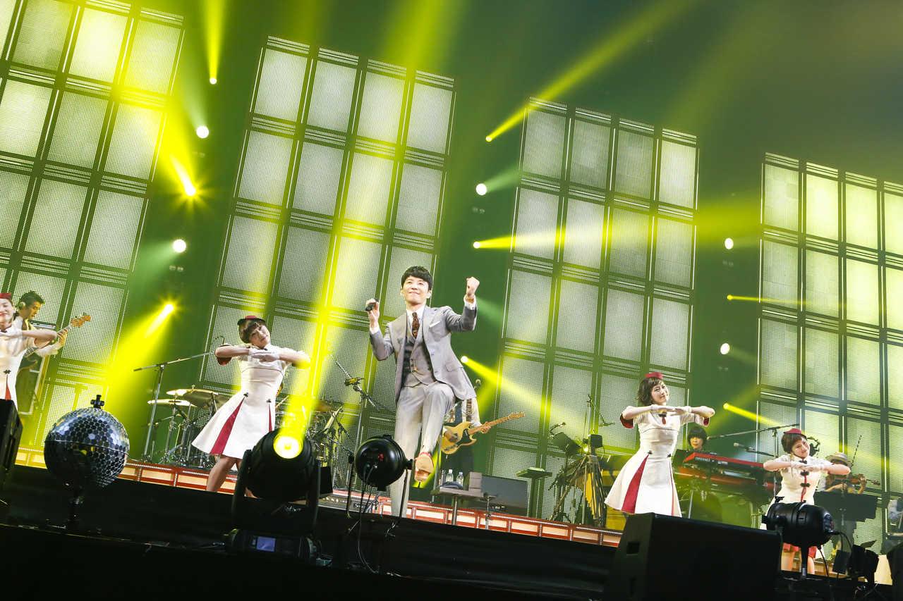"""星野源の『Live Tour""""Continues""""』収録曲を、新宿の巨大スクリーンで堪能せよ!日替わりで放映が決定!"""