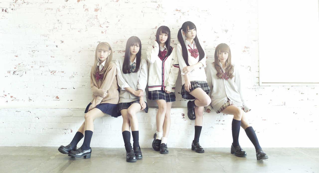 2o Love to Sweet Bullet (トゥラブ)シングル『Véga』「アイドル/ヲタクカルチャー」を世界へ向けて発信!