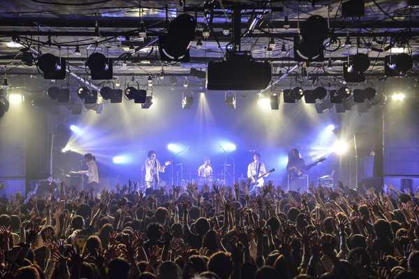 2月14日@恵比寿LIQUIDROOM photo by AZUSA TAKADA (okmusic UP's)