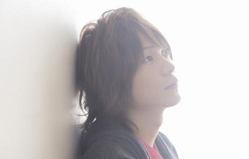 2ndシングル「すべり台」が大人気アニメ「家庭教師ヒットマンREBORN!」の新EDテーマに抜擢された森翼