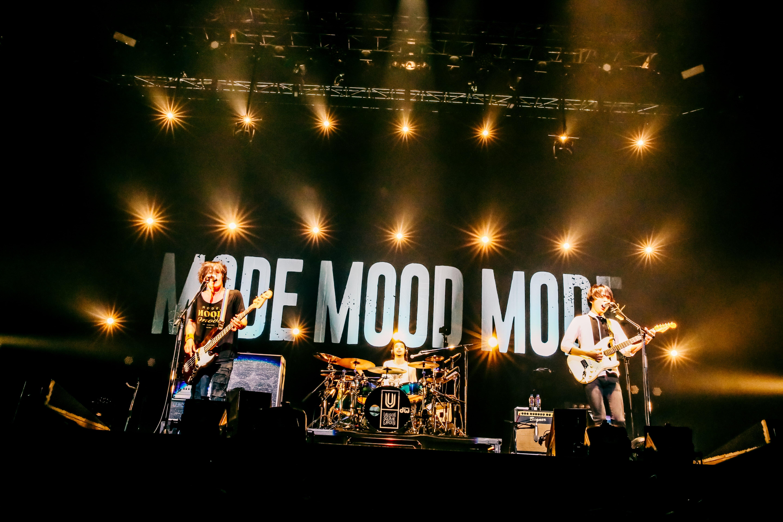 Unison Square Garden シングル Catch Up Latency 発売決定 ツアー追加公演を発表 Okmusic