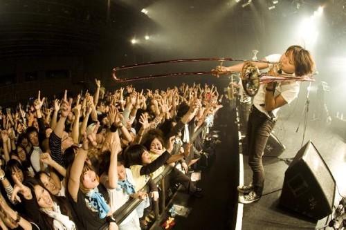 リリース・ツアー『What a Wonderful World Tour 2008-2009』ライヴ写真