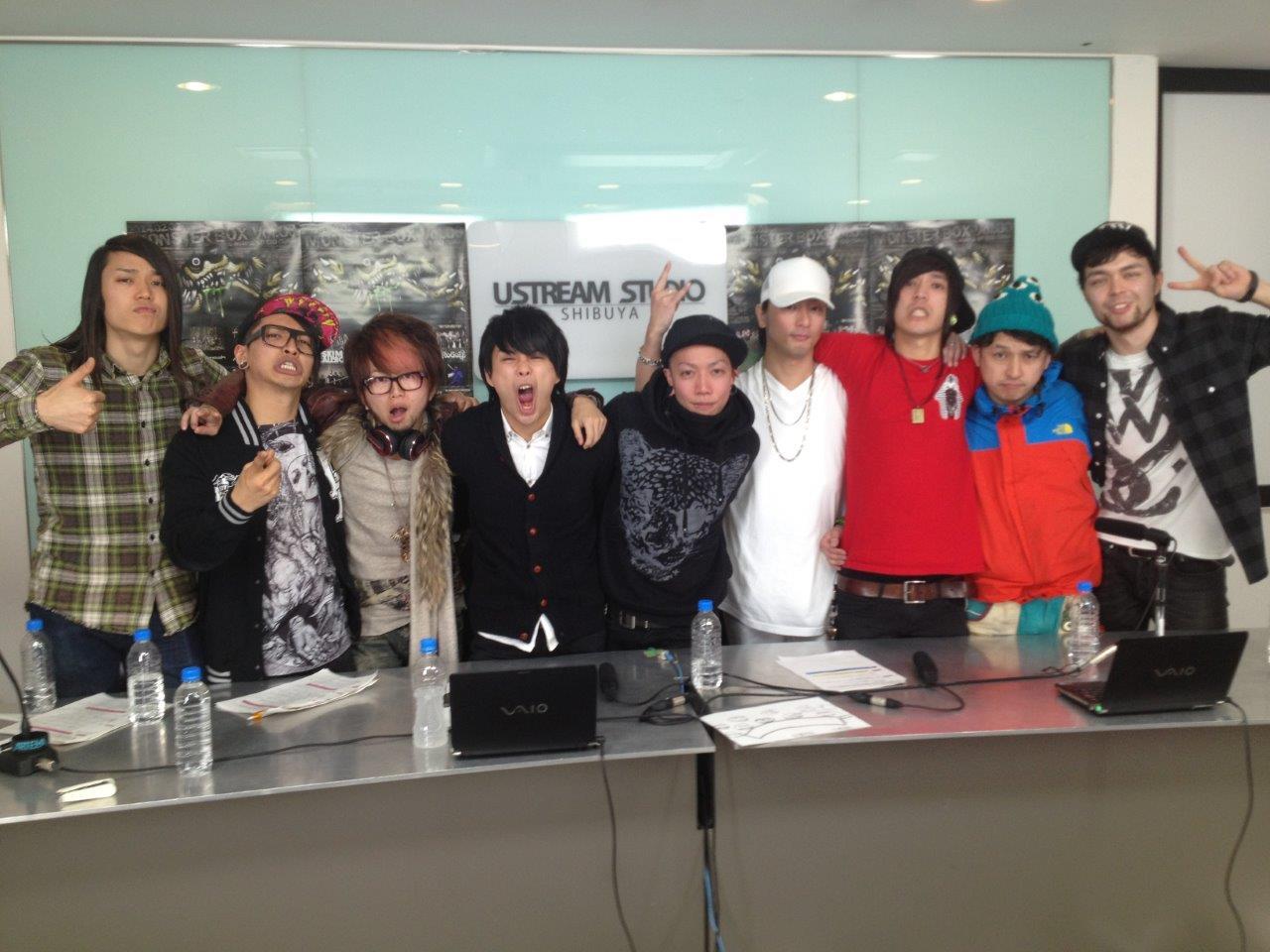 1月27日O.A.のUstream出演者集合写真