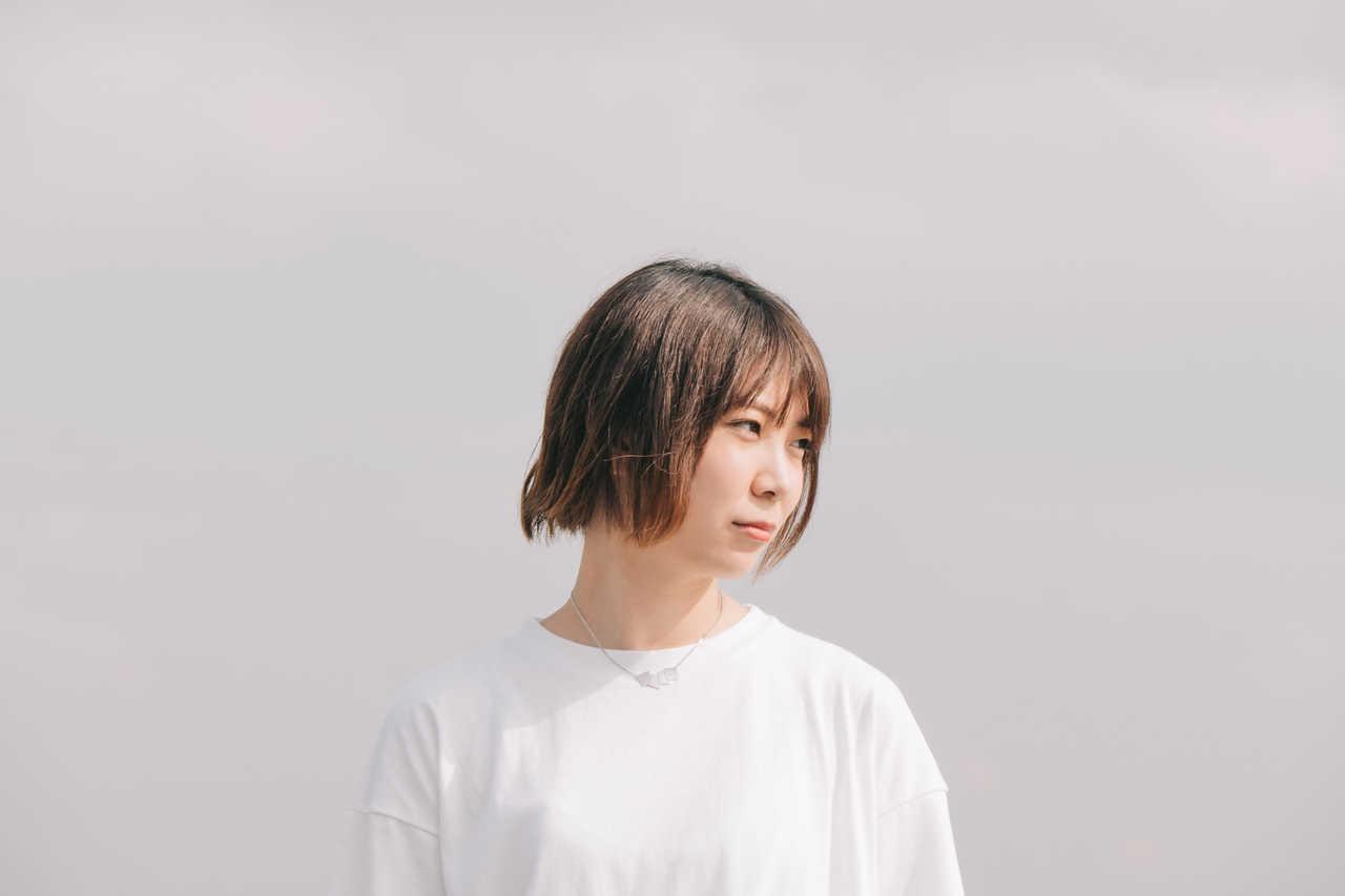 山崎あおい、12月5日発売アルバム「FLAT」から先行配信シングル「アイソレイト」MV公開