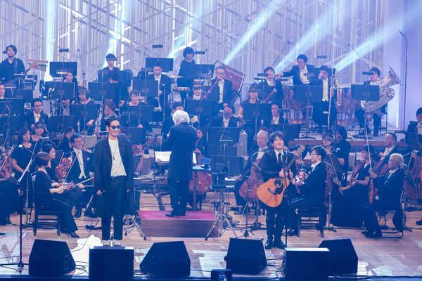 コブクロ、初のフルオーケストラコンサートを12月より開局のNHK