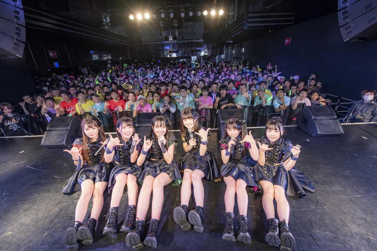 手羽先センセーション 満員御礼ワンマンライブでアルバムリリース発表!