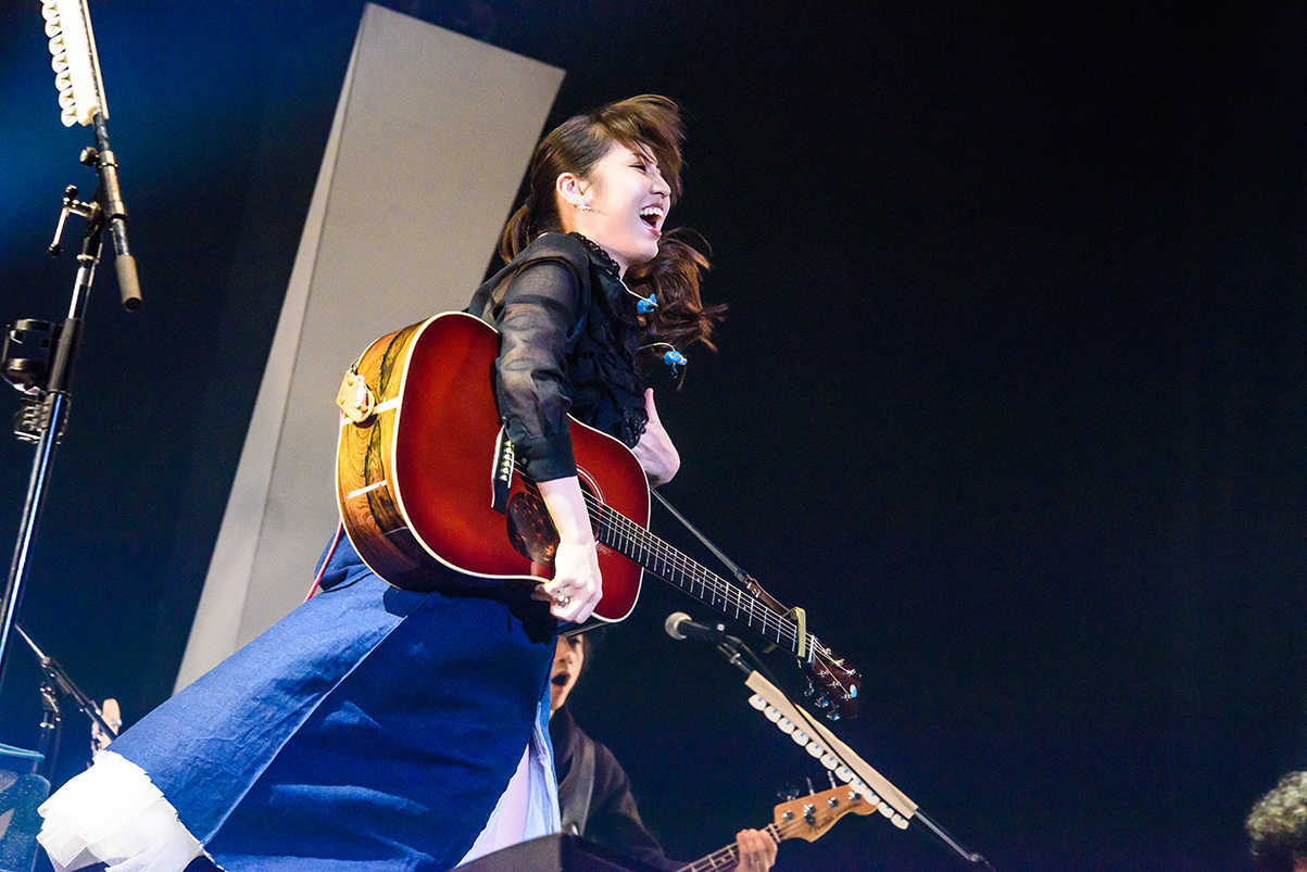 1月27日(日)@神戸ワールド記念ホール photo by ハヤシマコ